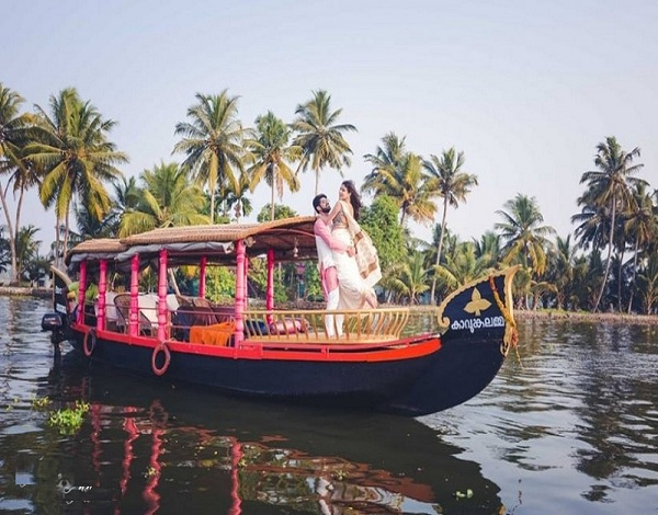 Cheapest honeymoon packages in Kerala